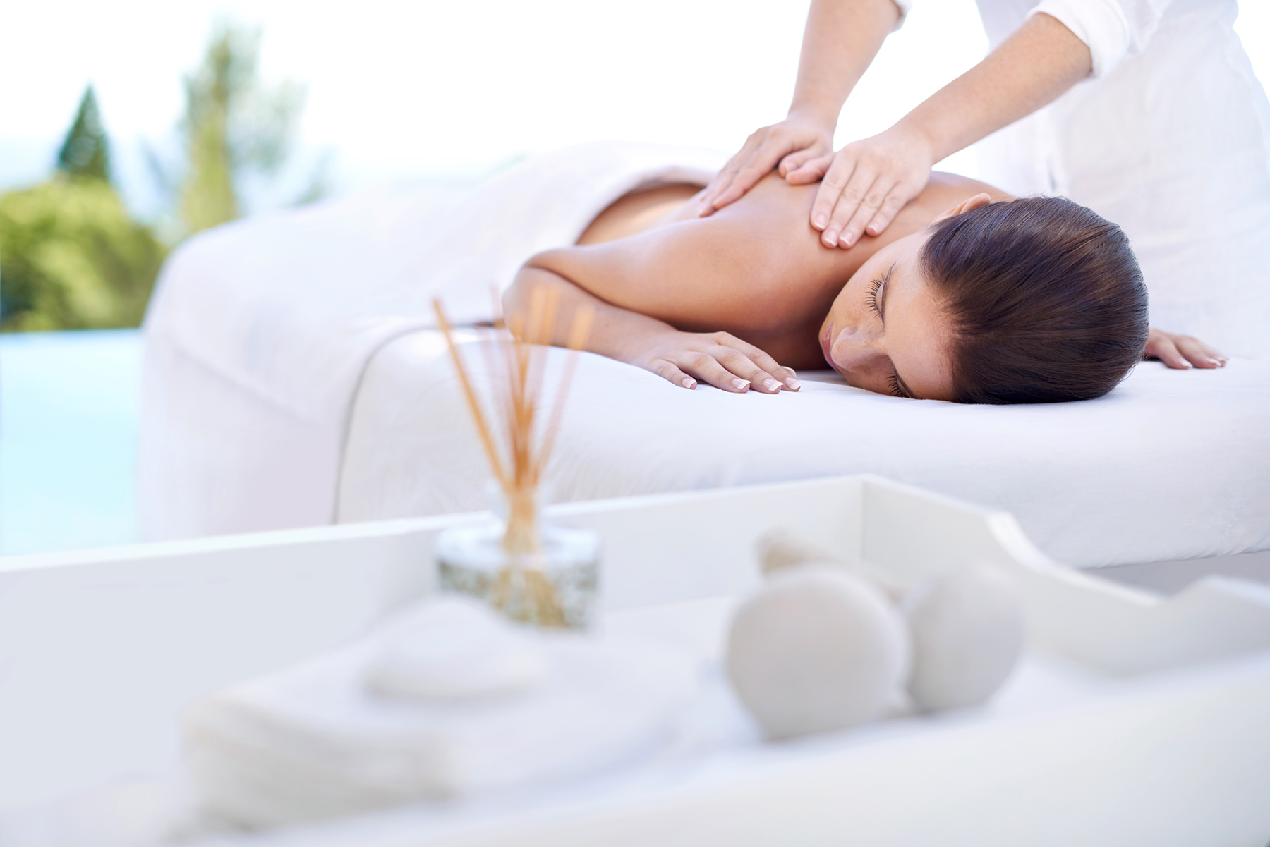 To Talk or Not to Talk (to Your Massage Therapist!)